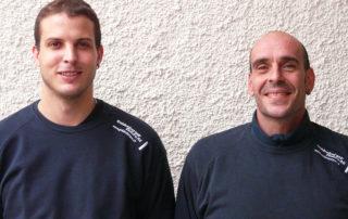 Jubiläum im «Doppelpack»: Seit zehn Jahren sind Patrick Schönbächler (links) und Andreas Fontanesi (rechts) bei Goldenberger Elektro AG tätig.